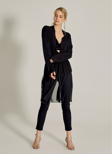 NGSTYLE Eteği Şifon Detaylı Triko Hırka Siyah